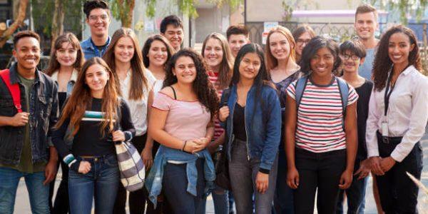 cómo se visten los jóvenes en Estados Unidos